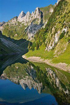 Appenzell Faelensee und Hundstein
