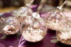 Picture of diy hot cocoa ornaments as winter wedding favors Merry Christmas, All Things Christmas, Christmas Tree Ornaments, Christmas Crafts, Christmas Ideas, Holiday Ideas, Clear Ornaments, Christmas Goodies, Rustic Christmas