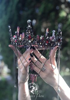 Cute Jewelry, Hair Jewelry, Jewelry Accessories, Bride Hair Accessories, Leather Accessories, Jewelry Trends, Queen Aesthetic, Princess Aesthetic, Crown Aesthetic