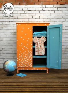 This colorful spotted wardrobe was finished in Barcelona Orange Chalk Paint® decorative paint by Annie Sloan with Pure White spots. Provence was used for a pop of color inside Diy Kids Furniture, Paint Furniture, Repurposed Furniture, Furniture Projects, Furniture Making, Furniture Makeover, Orange Furniture, Wooden Furniture, Annie Sloan Paint Colors
