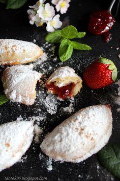 Μαρμελαδοπιτάκια Palak Paneer, Biscotti, Feta, Lemon, Cheese, Cookies, Ethnic Recipes, Sweet, Desserts