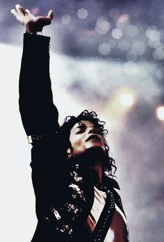 Michael Jackson BAD World Tour Wanna Be Starting Something Live 1988