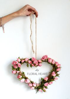 DIY FLORAL HEART - Wendy Schultz via 'A Pair and A Spare' on Bloglovin Blog. onto Valentines - Cards / Projects.