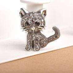 Cute Little Cat Brooch Pin Up Jewelry For Women Suit Hats Clips Antique Silver Corsages