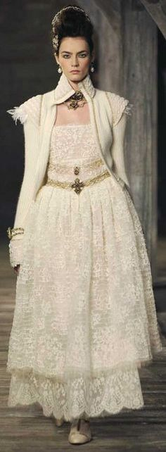Chanel Pre-Fall 2013. This reminds me of my prom dress <3