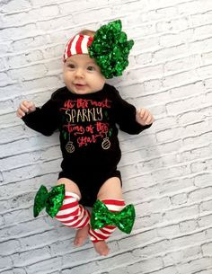 How+amazing+is+this+deal,+get+your+little+dahl+a+3+pc+Christmas+set+at+such+an+affordable+price. This+set+includes: Headband+with+sequin+bow Onesie Legwarmers onesie+reads-its+the+most+sparkly+time+of+the+year legwarmers+come+with+bows 0/3months,6/9+months,9/12,12/18+months, if+worr...