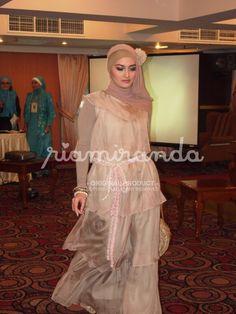 rose hijab fashion