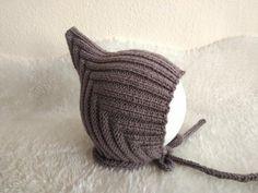 Postupy na pletené a háčkované čiapky pre bábätká a malé deti | Artmama.sk Knitted Hats, Knitting, Handmade, Fashion, Moda, Hand Made, Tricot, Fashion Styles, Breien