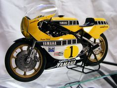 Super Bike Yamaha The bike that changed everything. Motorcycle Design, Motorcycle Bike, Racing Motorcycles, Vintage Motorcycles, Grand Prix, Course Moto, Mini Bike, Classic Bikes, Super Bikes