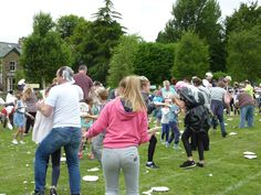 The mass pie fight in action! Cumbria, Southern Prep, Dolores Park, Pie, Action, Style, Torte, Swag, Cake