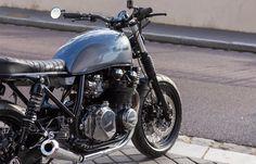 LFA KAWASAKI A Kawasaki Cafe Racer, Paris 2015, Cafe Racing, Bike Shed, Best Wordpress Themes, Ducati, Cars And Motorcycles, Harley Davidson, French
