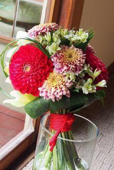 #mitakisou#novarese#vressetrose#Wedding #mixcolor #purple #Bouquet #natural #japanese# Flower # Bridal #三滝荘# ブレスエットロゼ #ウエディング #和装ブーケ # クラッチブーケ #ビンテージ#ダリア#花 # ブライダル#結婚式#ブレスエットロゼ広島
