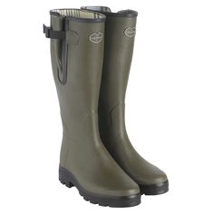 Country Boots, Everyday Shoes, Wellington Boot, Trouser Jeans, Equestrian Style, Natural Rubber, Hunter Boots, Lady, Rubber Rain Boots