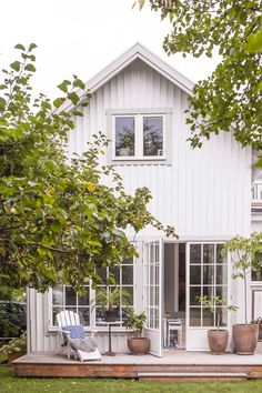 Stunning Farmhouse Cottage Design Ideas And Decor You Are Looking For Cottage Design, House Design, Swedish House, My Dream Home, Exterior Design, Future House, Modern Farmhouse, Beautiful Homes, New Homes
