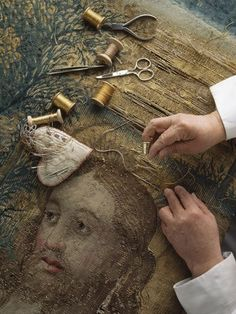 "Repair of the Raphael Tapestry photo by James L. A nun repairs a tapestry, drawing on a stock of over colors of thread, in which Peter receives the keys to the church from Christ ref. the National Geographic book ""Inside the Vatican, Louise Nevelson, Art Du Monde, Art Tribal, Art Du Fil, Tapestry Design, Lesage, Art Textile, Gold Work, Tapestry Weaving"