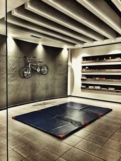 Strength Room Home Gym Garage, Basement Gym, Workout Rooms, Furniture Design, Health Fitness, Strength, Living Room, Club, Home Decor
