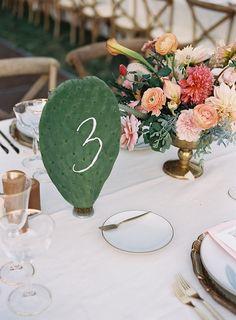 Photography : Tec Petaja Read More on SMP: http://www.stylemepretty.com/2016/01/11/boho-chic-ojai-ca-wedding/