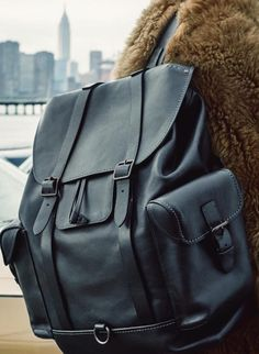 Leather Backpack, Leather Wallet, Men's Backpacks, Back Bag, Leather Bags Handmade, Cute Bags, Leather Accessories, Leather Men, Mens Fashion