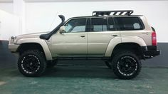 """Nissan Patrol 6"""" Lift on 35 """" Maxxis by 4x4 Works Ermelo"""