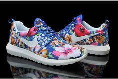 004d33b7e7d2 2015 low-priced Nike Roshe Run Floral Fabric White Blue Pink Cheap Nike