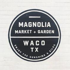 A Weekend in Waco & Magnolia — La Petite Farmhouse Waco Magnolia, Magnolia Market, Magnolia Homes, Diy Mantel, Chip And Jo, Moroccan Art, Waco Tx, Market Garden, Industrial Dining