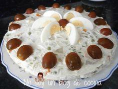 No soy un blog de cocina: ENSALADILLA RUSA CASERA cociendo la patata y zanahoria en cuadraditos  ༺✿ƬⱤღ  https://www.pinterest.com/teretegui/✿༻