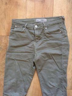 Topshop Khaki Leigh Jeans W28/L30 https://t.co/5cDRLhOtFi https://t.co/R7iiHVvp29