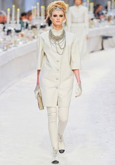 sooo OBSESSED! My absolute favorite look from the Chanel Pre-Fall Collection!
