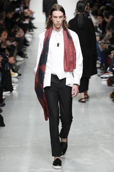 See the complete Matthew Miller Fall 2017 Menswear collection.