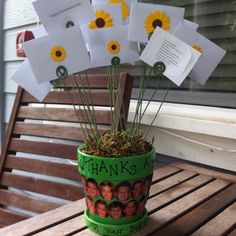 Teacher Gift Card Bouquet Flowerpot, like the idea of students pictures or just names.