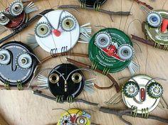 owls made from jar lids & bottle caps: