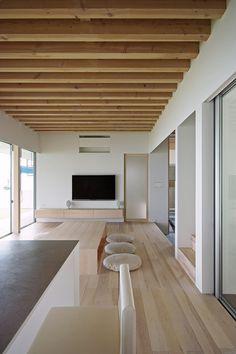 浜松の家LDK|HouseNote(ハウスノート) Biarritz, Contemporary Interior Design, Japanese House, Decoration, Interior Architecture, Home Furnishings, Ideal Home, Minimalism, Sweet Home