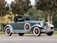 1931 Packard Model 840 Deluxe Eight Convertible Coupe - (Packard Motor Car Company Detroit, Michigan 1899-1958)