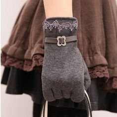 New Women Winter Warm Vintage Lace Touch Screen Gloves