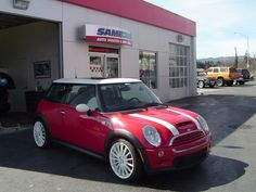 https://flic.kr/p/8PUrG4 | Mini Cooper | Mini Cooper Repairs | Mini Cooper Auto Scratch and Dent Repair | Mini Cooper Repairs in Olympia, Washington | Mini is a British automotive marque owned by BMW which specializes in small cars. Sameday offers Mini Cooper approved repairs that use high end European paint and clear coat.  Click here to read more about Sameday's vehicle repair methods.