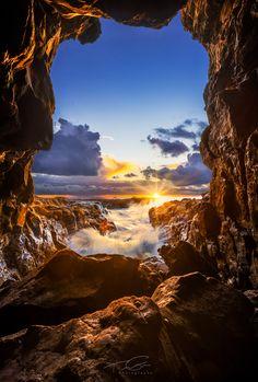 Sunrise at a sea cave at Abalone Cove State Park in Palos Verdes Estates, California