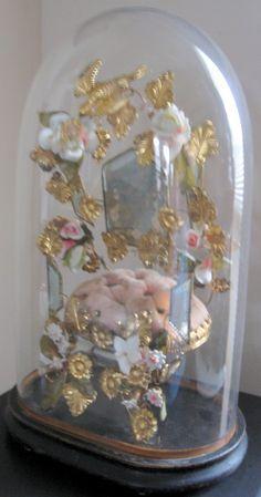Globe de mariee belonging to Deborah Chester via My Old Historic House