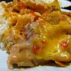 Chicken, an oniony tomato-cream sauce and Cheddar cheese all rest on a foundation of tortilla chips.