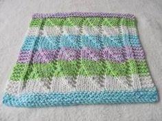 Knitting Patterns Dishcloth Shell Dishcloth–many free dishcloth patterns here Knitted Washcloth Patterns, Knitted Washcloths, Dishcloth Knitting Patterns, Crochet Dishcloths, Knit Or Crochet, Loom Knitting, Free Knitting, Crochet Patterns, Knitting Projects