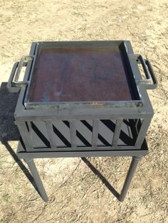 Armado, the portable grill and chapa that Francis Mallman uses to demonstrate so many of his recipes in Tierro de Fuegos and Mallmann on Fire.