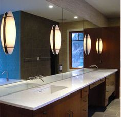 Mirrors are not only used for checking out how you look but also serve as excellent decoration pieces for a room too.