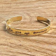 Who's your treasure? Armband met de tekst; You are my treasure.