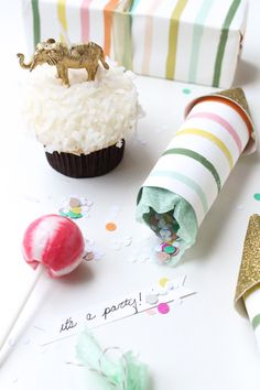 rocket shaped party poppers : sugar and cloth