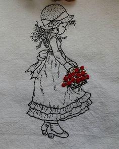 꽃바구니  든 소녀~~ #Illustration  embroidery  #일러스트자수  #일러스트 장미자수 #일러스트자수 액자