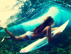 i could surf. like a boss. actually, if only i could surf at all. No Wave, Inspiration Artistique, Learn To Surf, Beach Volleyball, Jolie Photo, Surf Girls, Surfs Up, Favim, Wakeboarding