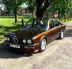 5 отметок «Нравится», 1 комментариев — BMW Classic E12 E28 Sharks (@motoszef_bmw_e12_e28_sharks) в Instagram: «#bmw #bmw❤️ #bmw #likeforfollow #follow4follow #polska #polishgirl #power #krakow»