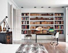 Elegant Minimalism in Spanish Apartment Home Interior, Interior Architecture, Interior Design, Home Office, Office Decor, Office Ideas, Office Furniture, Spanish Apartment, White Apartment
