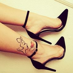 OMG Snow White Tattoo!!! Would never get but it's too cute