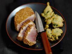 Découvrez la recette Thon en croûte de sésame à la japonaise et tempuras de brocolis sur cuisineactuelle.fr.