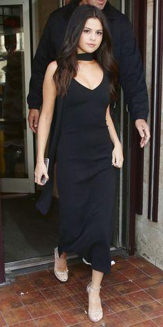 Selena Gomez in a sexy black custom Atea Oceanie slip dress. Moda Indiana, Dress Indian Style, Indian Designer Suits, Selena Gomez Style, Kurti Designs Party Wear, Skinny Scarves, Indian Fashion, Designer Dresses, Fashion Dresses